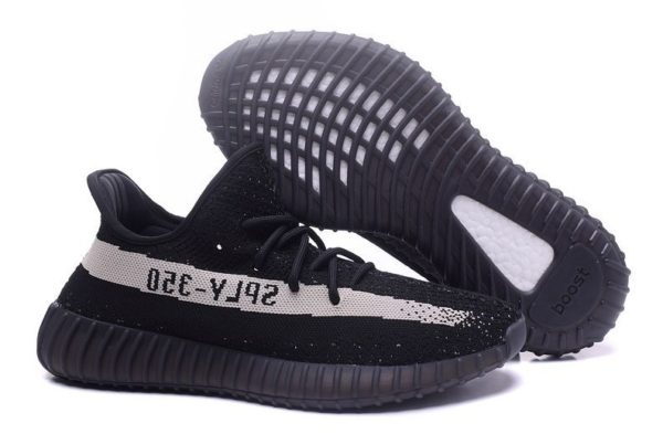 Adidas Yeezy Boost 350 V2 черные с белым (35-44)